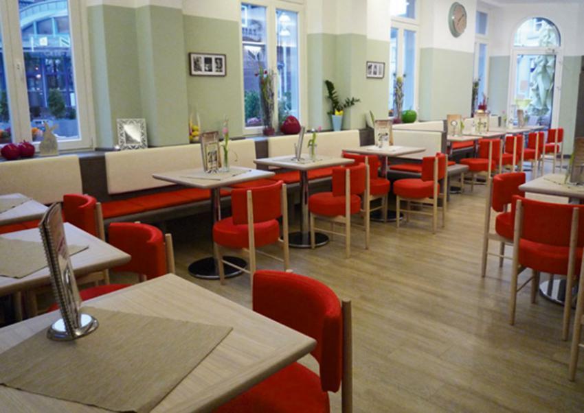 EIS CAFE ZALIVANI NETTETAL (D) / LUGLIO 2015