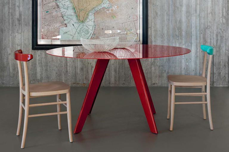 LightsOn Contemporary tables